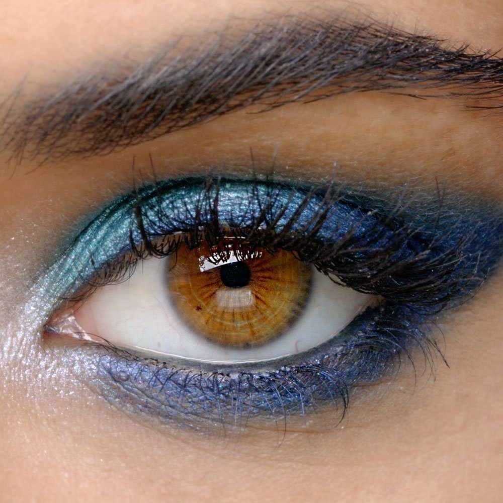 how to turn powder eyeshadow into eyeliner