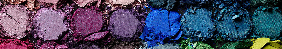 SHOP OUR INSANE RANGE OF EYESHADOW AND MAKEUP PALETTES
